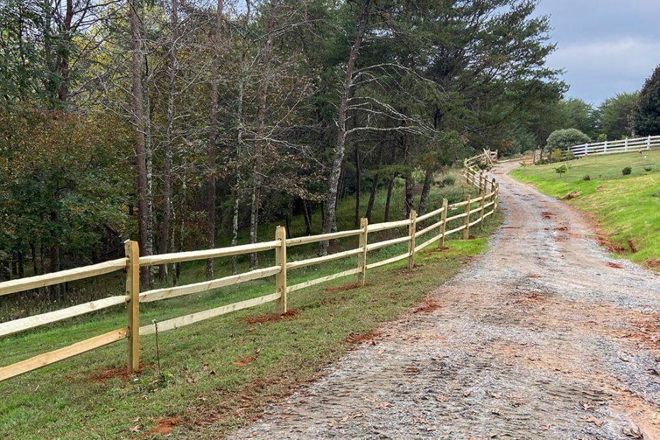 McClure North Georgia Split Rail Fence with 12FT Gate