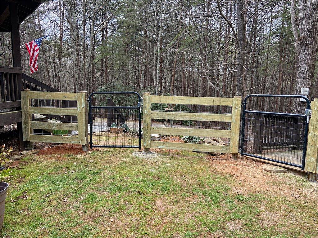 McClure North GA Dog Fence