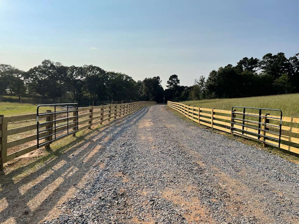 McClure North Georgia 4 Board Fence